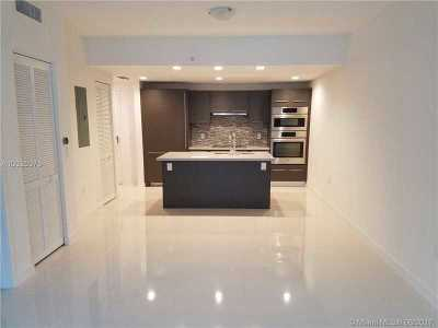 Doral Condo Active-Available: 7885 Northwest 107 Ave #4-705