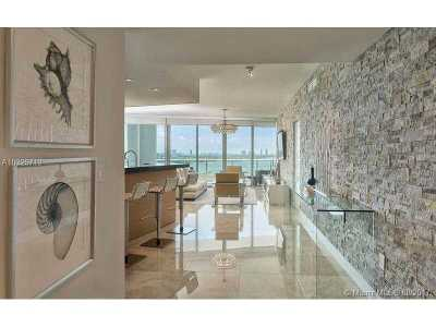 Condo For Sale: 900 Biscayne Blvd #1706