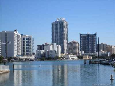 Akoya, Akoya Condo, Akoya Condominium Condo Active-Available: 6365 Collins Ave #4006