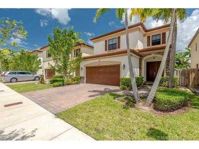 Doral Single Family Home Active-Available: 10051 Northwest 87th Ter