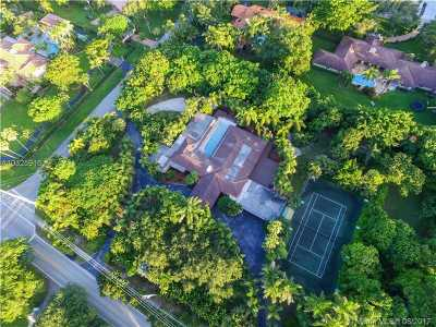 Pinecrest Single Family Home For Sale: 6200 Montgomery Dr