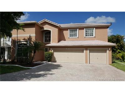 Pembroke Pines Single Family Home Active-Available: 690 Southwest 168th Way