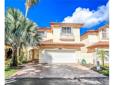 Doral Single Family Home Active-Available: 5220 Northwest 104th Ct