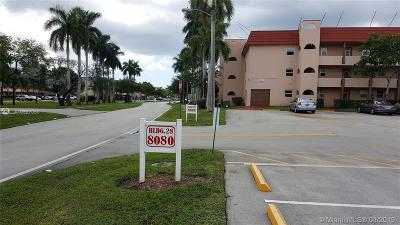 Sunrise Condo Active-Available: 8080 North Sunrise Lakes Dr N #110