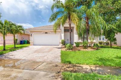 Miramar Single Family Home Active-Available: 15223 Southwest 52nd St