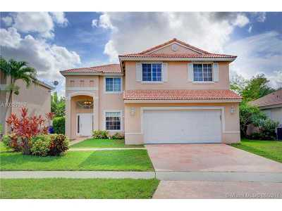 Pembroke Pines Single Family Home Active-Available: 424 Southwest 195th Ave