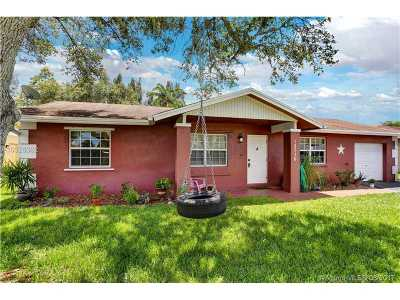Davie Single Family Home Active-Available: 12730 Southwest 13th Mnr