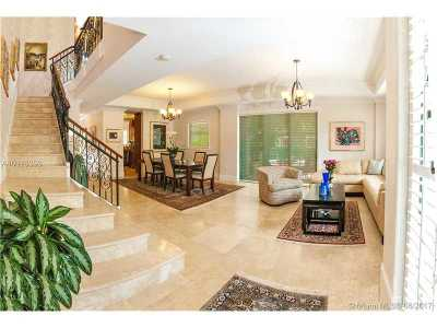 Coral Gables Condo Active-Available: 50 Alhambra Cir #112