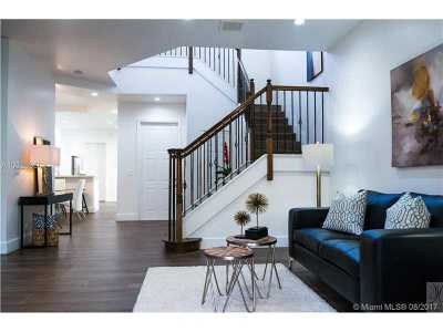 Hollywood Condo Active-Available: 939 South Harbor Vw S
