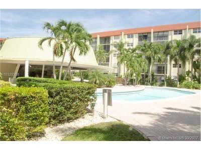 Fort Lauderdale Condo Active-Available: 5300 Northeast 24th Ter #333C