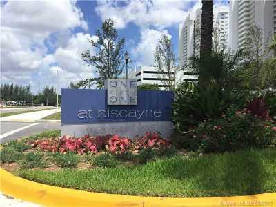 North Miami Condo Active-Available: 14951 North Royal Oaks Ln #202