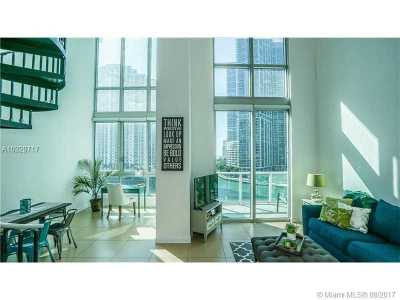 Condo Active-Available: 300 South Biscayne Blvd #L-806