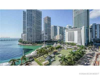 Condo Active-Available: 300 South Biscayne Blvd #L-1208