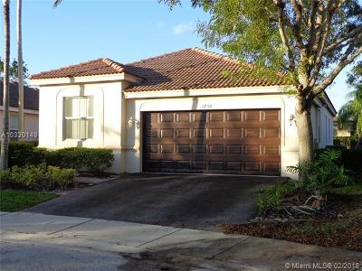 Weston Single Family Home Active-Available: 1750 Sycamore Ter