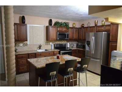 Miami Condo Active-Available: 511 Ives Dairy Rd #202-6