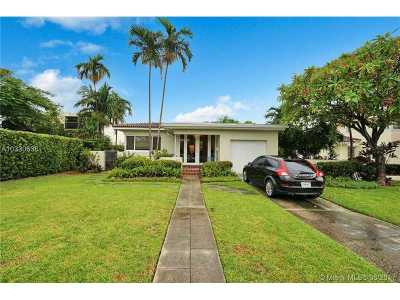Surfside Single Family Home Active-Available: 408 Surfside Bl