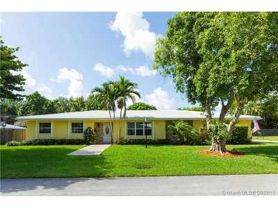 Palmetto Bay Single Family Home Active-Available: 7510 Southwest 163rd St