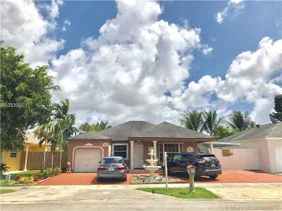Miami FL Single Family Home Active-Available: $319,900
