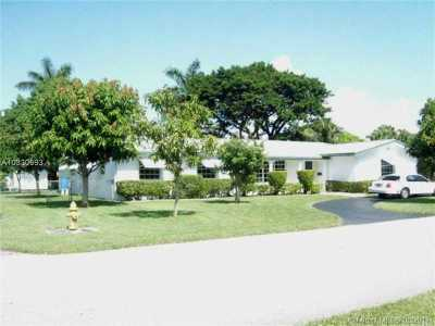 Palmetto Bay Single Family Home Active-Available: 16922 Southwest 86th Ave