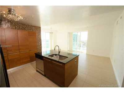 Miami FL Single Family Home Active-Available: $385,000