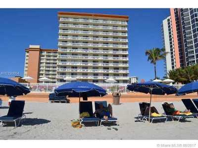 Sunny Isles Beach Condo Active-Available: 19201 Collins Ave #527