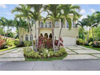 North Bay Village Single Family Home For Sale: 7701 Miami View Dr
