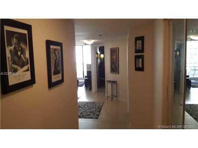 Miami Condo Active-Available: 1717 North Bayshore Dr #A-2440