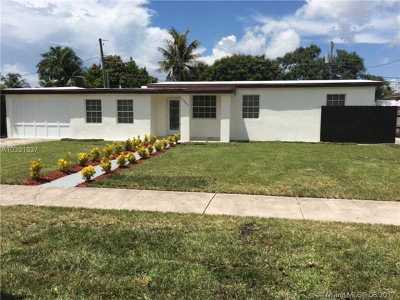 Miami Single Family Home Active-Available: 11461 Southwest 42nd Ter
