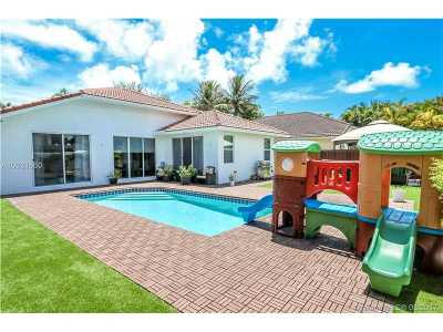 Hollywood Single Family Home Active-Available: 1260 South 13th Ave