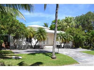 Key Biscayne Single Family Home For Sale: 573 N Hampton Ln