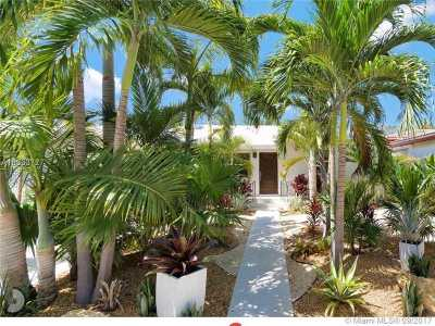 Miami Beach Single Family Home For Sale: 1595 Biarritz Dr