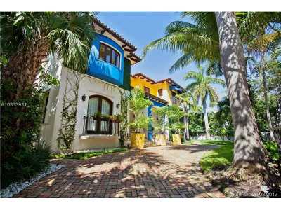 Key Biscayne Single Family Home For Sale: 101 W McIntyre St