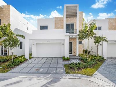 Doral Single Family Home Active-Available: 6735 Northwest 103