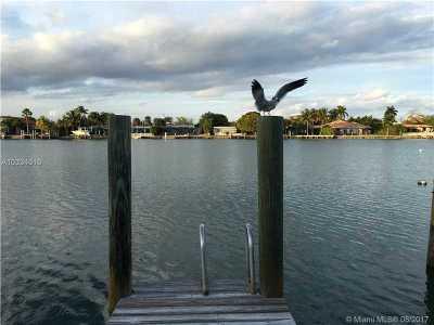 Miami, Miami Beach Single Family Home For Sale