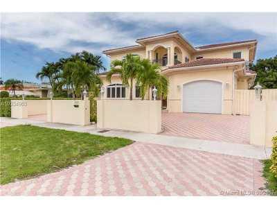 Miami Beach Single Family Home For Sale: 3765 Prairie Ave