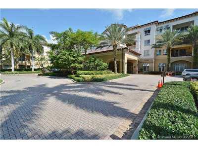 Weston Condo Active-Available: 16102 Emerald Estates Dr #402