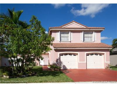 Pembroke Pines Single Family Home Active-Available: 16589 Northwest 8 St