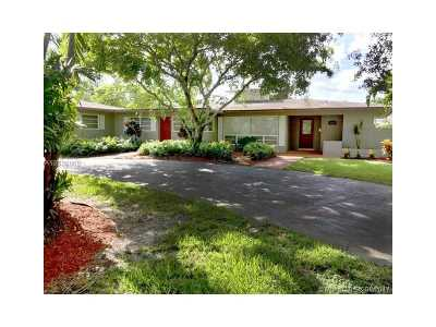 Plantation Single Family Home Active-Available: 202 South Fig Tree
