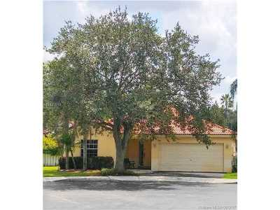 Sunrise Single Family Home Active-Available: 12742 Northwest 11th Pl