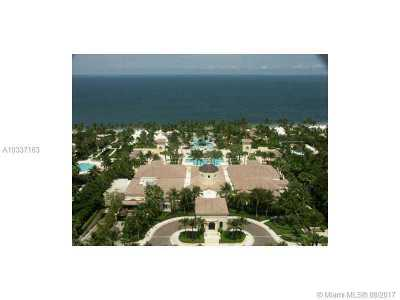 Key Biscayne Condo Active-Available: 785 Crandon Bl #UPH4