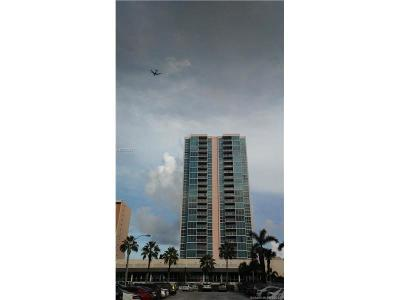 Miami Beach Condo Active-Available: 2655 Collins Ave #801