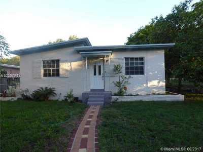 North Miami Single Family Home Active-Available: 1300 Northeast 133rd St