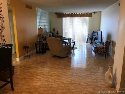 Miami Beach Condo Active-Available: 5555 Collins Ave #15V
