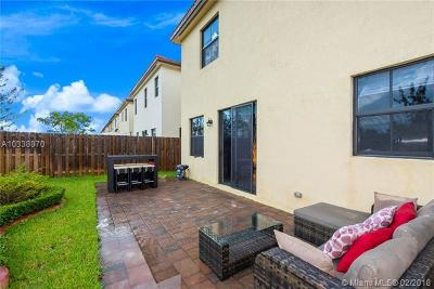 Doral Single Family Home Active-Available: 9986 Northwest 86th Ter