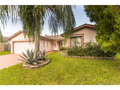 Sunrise Single Family Home Active-Available: 5230 Northwest 99th Ave