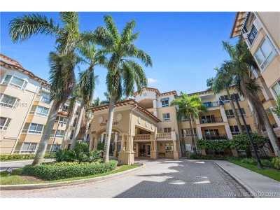 Weston Condo Active-Available: 16101 Emerald Estates Dr #153