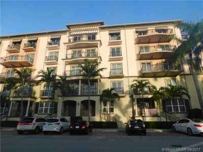 Wilton Manors Condo For Sale: 2601 NE 14th Ave #102