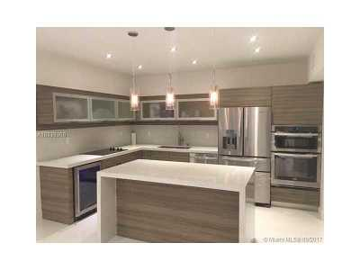 Sunny Isles Beach Condo Active-Available: 19390 Collins Ave #PH-6