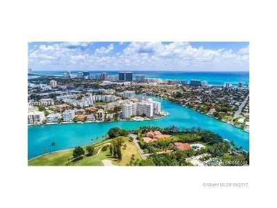 bay harbor Condo For Sale: 9102 W Bay Harbor Dr #5b
