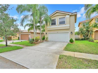 Miramar Single Family Home Active-Available: 17428 Southwest 20th Ct